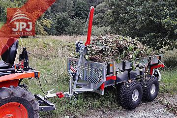 ATV-prikolica in kompakten traktor